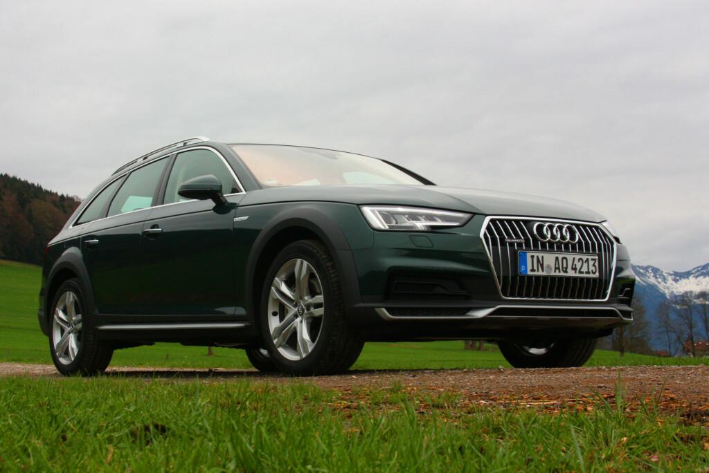 <b>SJELDEN VARE:</b> Verken BMW eller Mercedes har inntil videre noe tilsvar til Audis A4 Allroad. Nykommeren overbeviser på de fleste punkter - men spennende design er ikke dens styrke... Foto: KNUT MOBERG