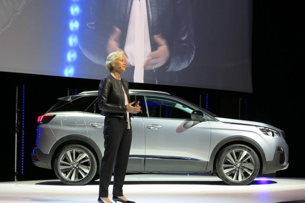 LANSERING: På et lukket arrangement i Paris lanserte Peugeot sin nye 3008 for pressen.   Foto: FRED MAGNE SKILLEBÆK