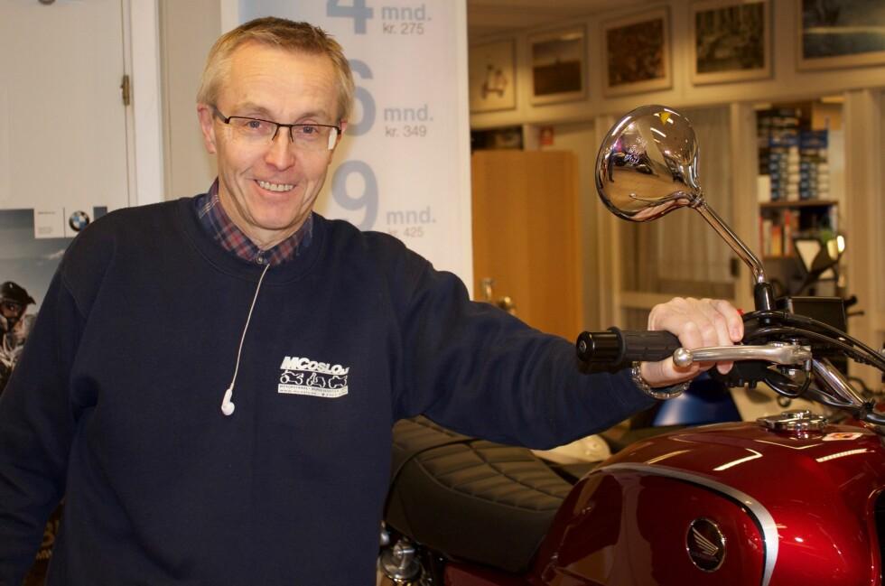 <strong><b>EKSPERTEN:</strong></b> Kåre Vaskinn er daglig leder på MC OSLO, og har kjørt motorsykkel siden 1972.  Foto:  Brage Steinson Wiik-Hansen