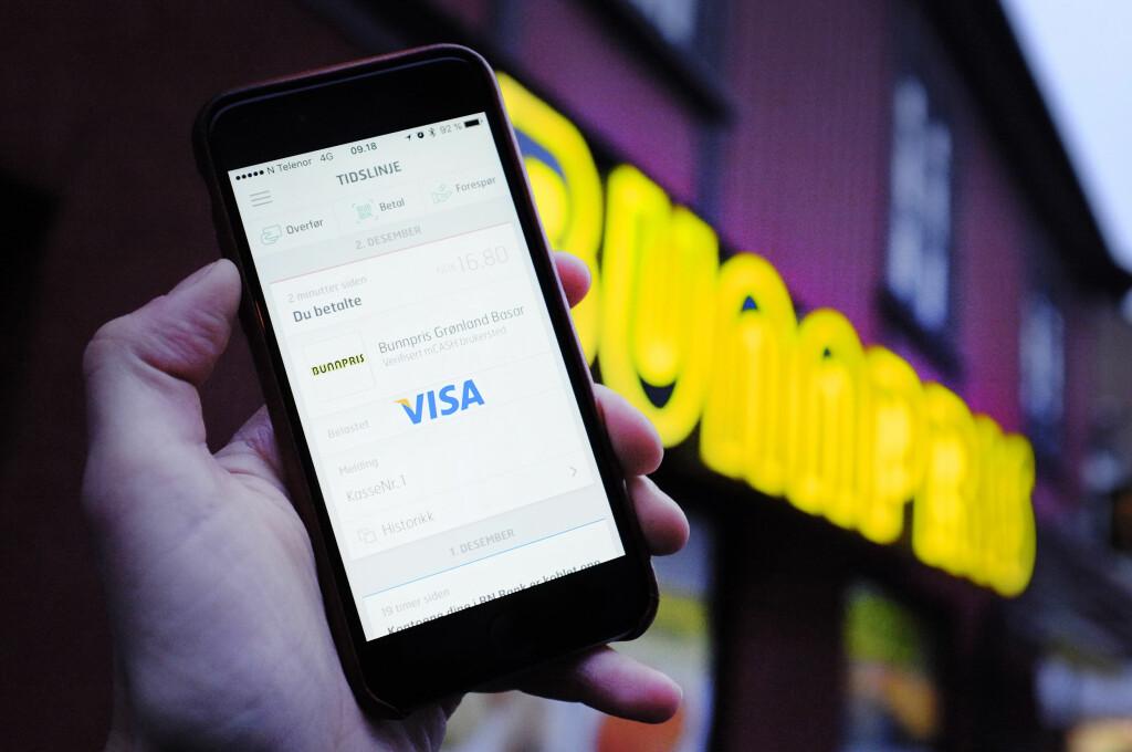 TESTA: Betaling med mCash på Bunnpris-butikk. Foto: OLE PETTER BAUGERØD STOKKE