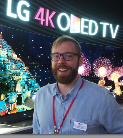 Erik Ahsgren er nordisk produktsjef for blant annet LGs nye Oled-TV-er. Foto: ØYVIND PAULSEN