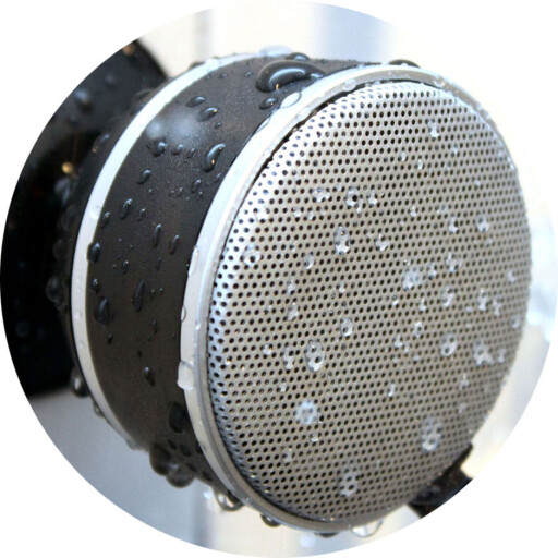 ØNSKER SEG IKKE: Billig mobilutstyr som vantette Bluetooth-høyttalere. Foto: OLE PETTER BAUGERØD STOKKE