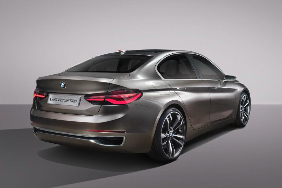 SETT DET FØR? En kompakt sedan med kupé-lignende fasong, det er en nisje i premium-bilmarkedet. Men Mercedes har hatt en viss suksess med sin CLA, i en klasse der BMW så langt har glimret med sitt fravær.  Foto: BMW