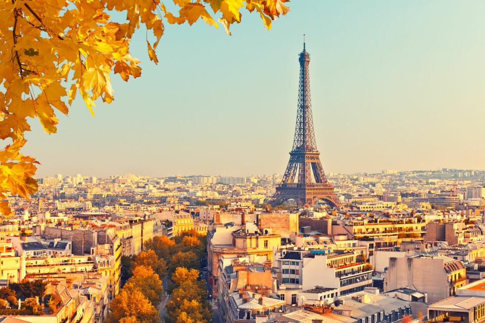 DU KAN AVBESTILLE UTEN KOSTNAD: Du kan endre eller avbestille Paris-reisen dersom du er bekymret for å reise. Flyselskapene lar deg endre uten omkostninger, eller du kan bruke reiseforsikringa til å dekke både fly og hotell du ikke ønsker å benytte. Foto: SBORISOV/NTB SCANPIX