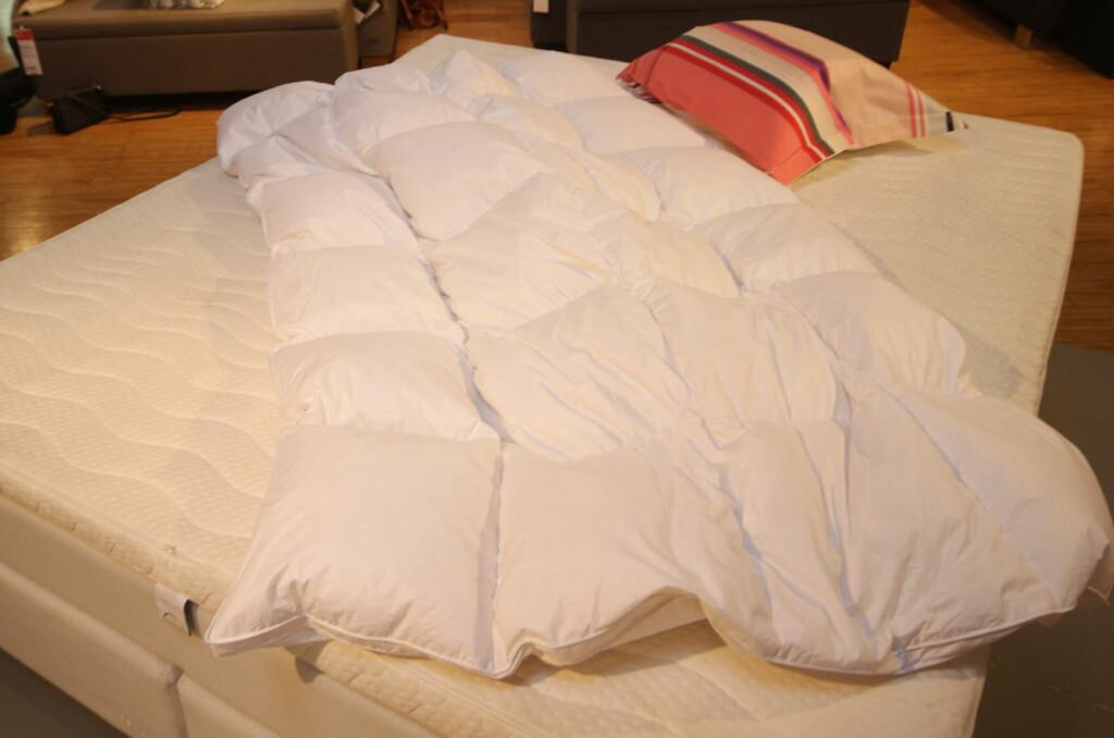 <b> BYTTEVEGRING: </b> Mange vegrer seg for å bytte på senga, men det trenger faktisk ikke være så slitsomt som mange ser for seg. Foto: HANNA SIKKELAND