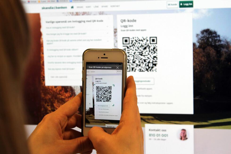 NY INNLOGGING: Blir scanning av QR-koder når du vil inn på nettbanken vanlig om et år? Det er i hvert fall den kjappeste løsningen vi har prøvd. Foto: AKSEL RYNNING
