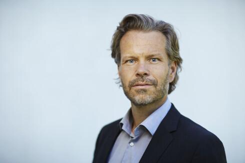 TVILER: Bjørn Brennskag tviler på at sauseposer ender opp i norske søppelkasser. Foto: ORKLA FOODS