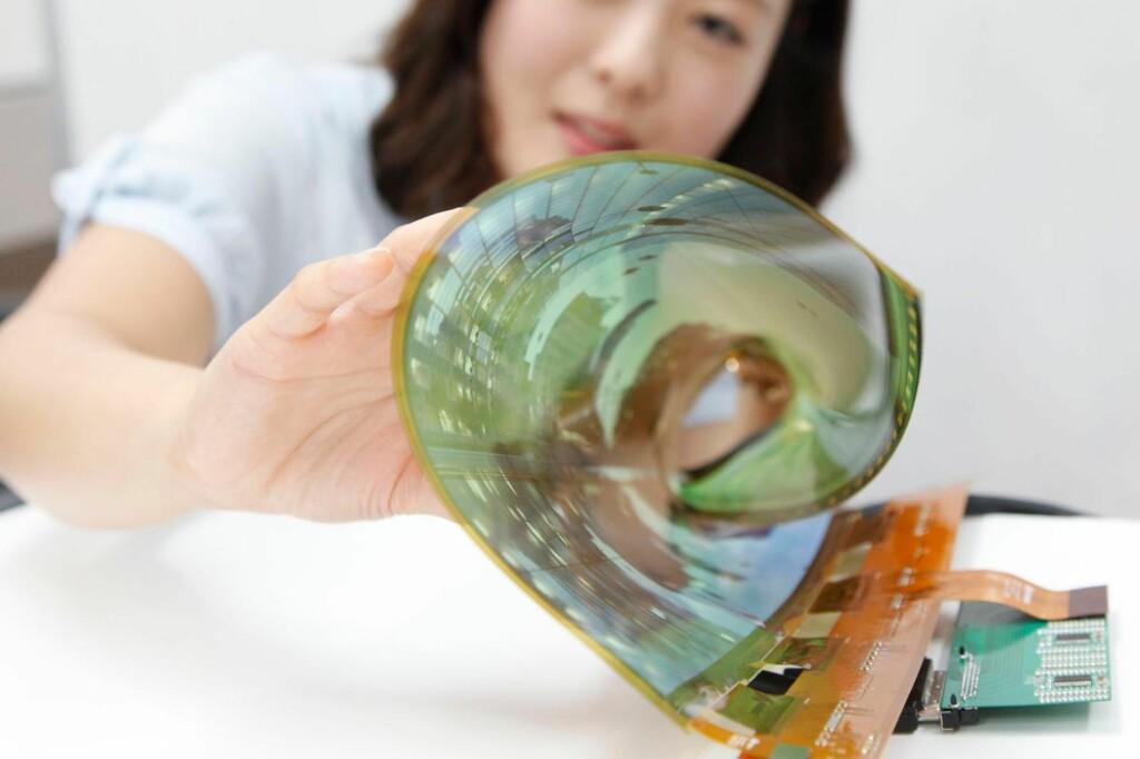 <B>RULLE-TV</B>: Oled-skjermer kan nå lages så tynne at de kan rulles bort når de ikke er i bruk. Foto: LG