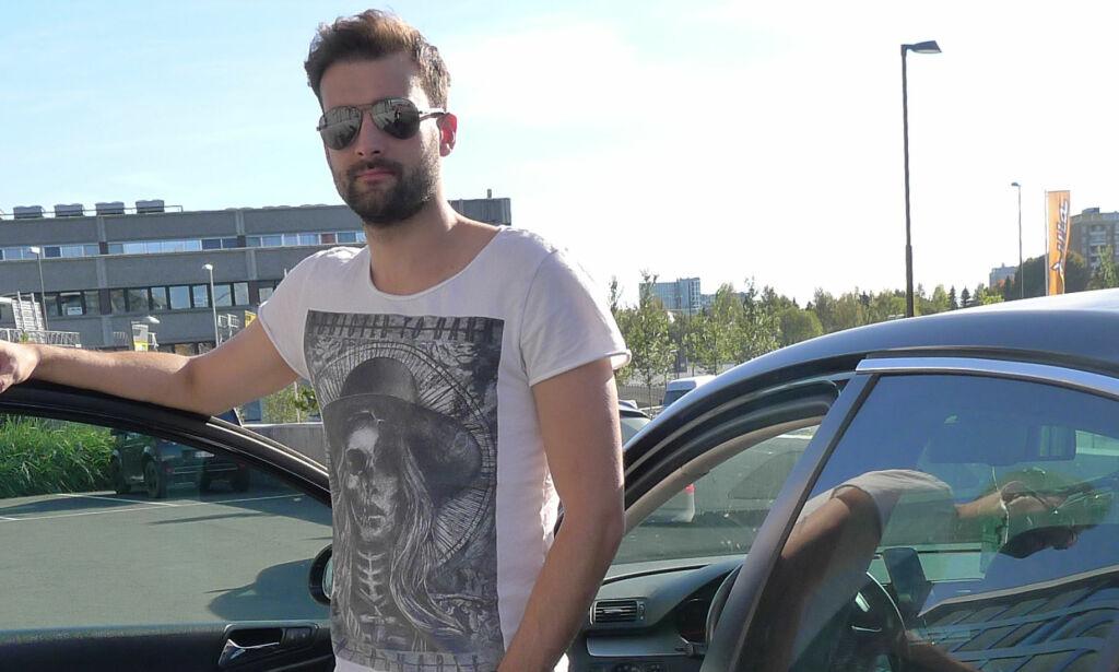 image: Er det forbudt å kjøre med denne mannen?