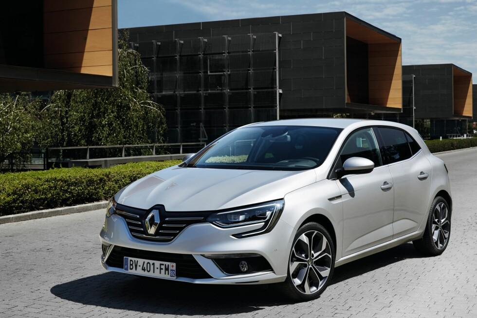 KOMPAKT NYKOMMER: Helt ny Renault Mégane - det betyr nok en nyhet i Golf-klassen og vil konkurrere med Opel Astra, som også ble lansert på bilmessen i Frankfurt. Foto: RENAULT