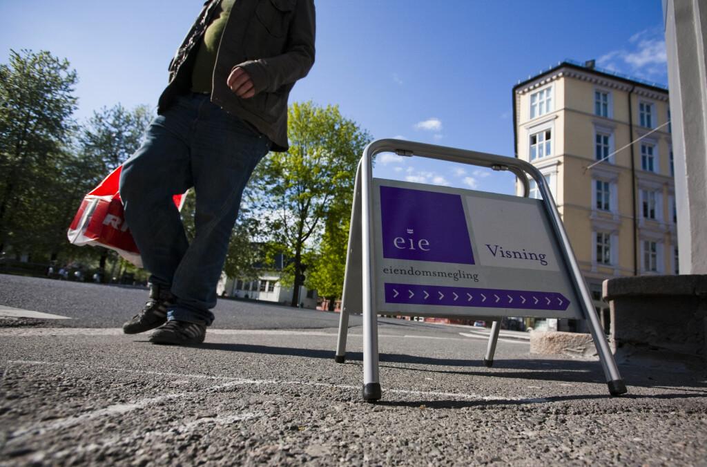 <b>BOLIG FOR FØRSTE GANG?</b> - Det er viktig at personer som beveger seg inn i boligmarkedet eller har planer om å gå inn i boligmarkedet for første gang, er klar over at usikkerheten for den fremtidige utviklingen av boligprisene, den er større nå enn på lenge, uttaler styreleder i Eiendom Norge, Leif J. Laugen. Foto: PER ERVLAND