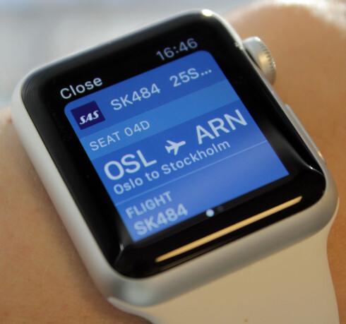 HVOR SKAL DU SITTE? Ha flyinformasjonen lett tilgjengelig fra håndleddet.  Foto: KIRSTI ØSTVANG