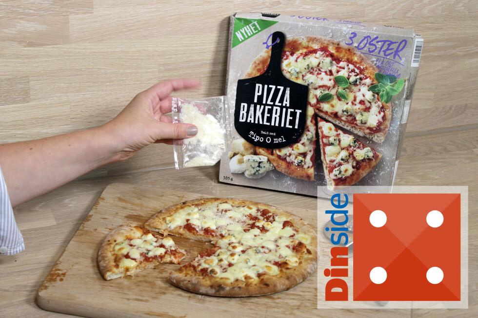 TODELT: En av de tre ostene, parmesanosten, strør du over pizzaen etter at den er stekt. En pizza veier 385 gram og holder til en sulten person, eller to litt mindre sultne til lunch, om du har salat eller lignende til. 885 kcal. Foto: OLE PETTER BAUGERØD STOKKE