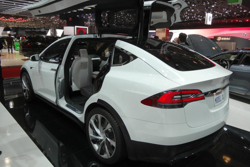<strong><b>LANSERES I NATT:</strong></b> Klokken 20 amerikansk tid blir Model X lansert i California.  Foto: FRED MAGNE SKILLEBÆK