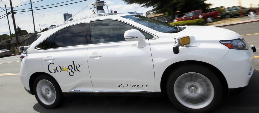 <b>GOOGLE-BIL:</b> Kunne du kjøpt deg en Googlebil og latt den styre for deg? Foto: NTB Scanpix / Tony Avelar