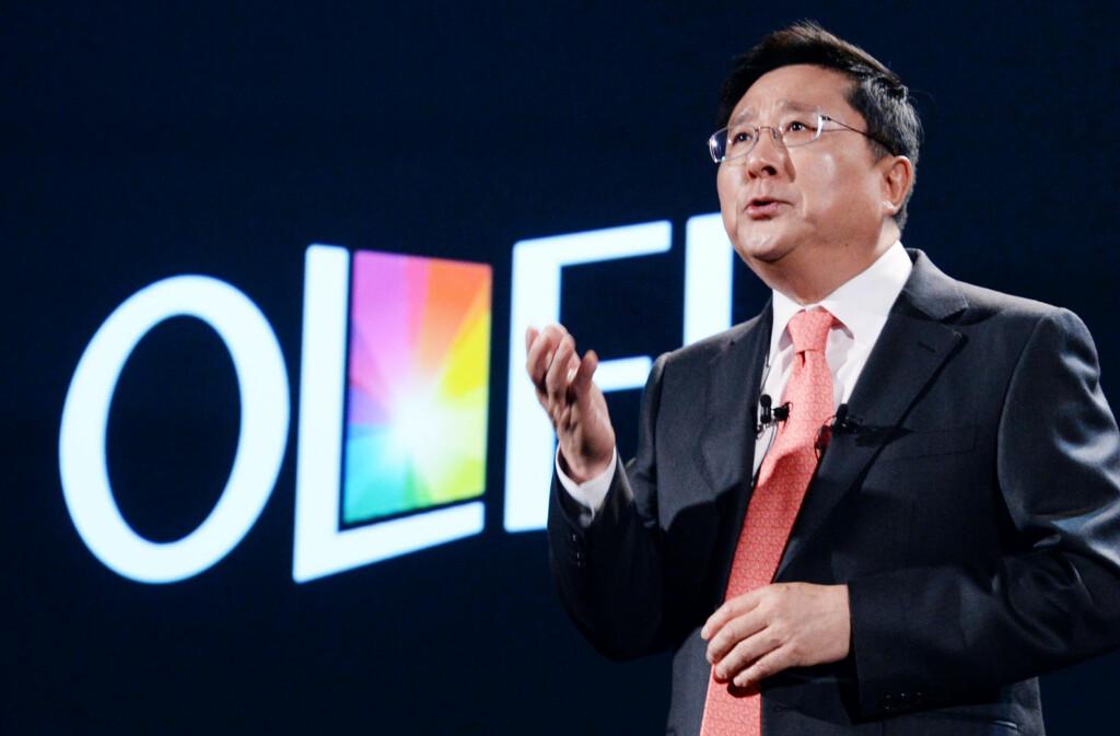 Oled for alle penga: Sjefen for LG Display, Sang Beom Han. Foto: LG