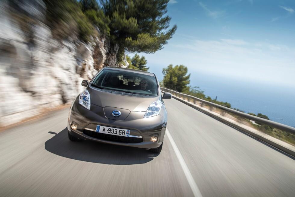 MILSLUKER: Nissan Leaf får fra nyttår 5,1 mil lengre rekkevidde.  Foto: NISSAN