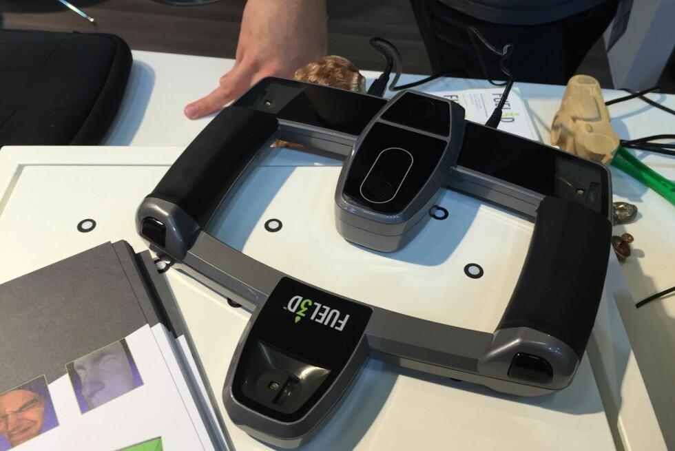 3D-SKANNER: Fuel3D har laget en 3D-skanner som lager 3D-modeller med enkelt klikk. Foto: BJØRN EIRIK LOFTÅS
