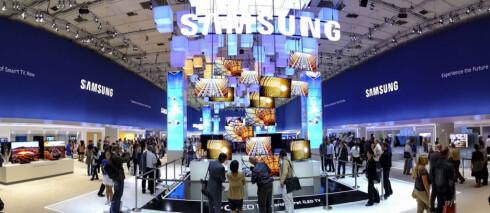 DOMINERER: Samsung er også i år sterkt representert med egen hall. Foto: PER ERVLAND