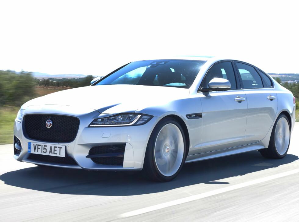 NYTT FORMSPRÅK: Men du er aldri i tvil om at det er en Jaguar. Foto: ESPEN STENSRUD
