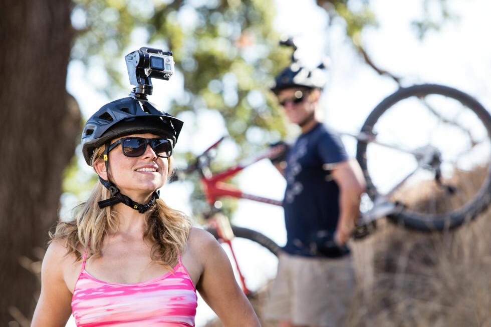STABILISERER: Med Slick montert på GoPro-kamera skal videoene bli langt mer stabile. Se videoeksempel lenger ned i artikkelen. Foto: SLICK