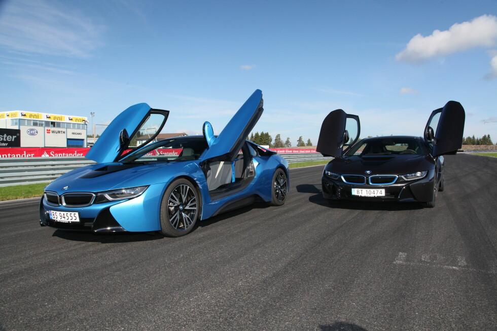 I8: Etter i8 måtte vi lære oss å tenke nytt om superbiler. Tre sylindre med frekk lyd, ekektrisk trekk på forhjulelen og særegen design. Foto: RUNE M. NESHEIM