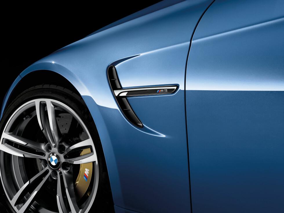 SRØM: Bak M3-logoen må du forvente en stikkontakt i fremtiden. Bremsene vil få Formel 1-Kers-teknologi. Foto: BMW