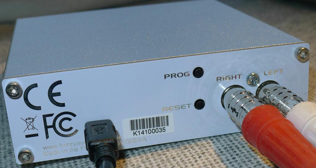 USB: DAC-en trenger ingen ekstra strømforsyning, og plugges rett inn i PC/Mac og forsterker. Foto: TORE NESET