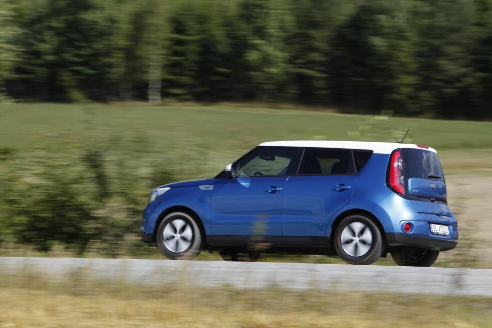 KIA NORGE: Importerer flere biler for å korte ned ventetiden. Foto: Espen Stensrud / Autofil