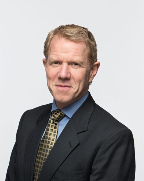 Kim Ellertsen, juridisk direktør i Datatilsynet, mener en felles arkivmappe kan forhindre mange unødvendige e-postinnsyn. Foto: DATATILSYNET