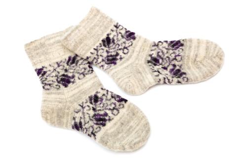 VOND LUKT?: Heng sokkene til lufting før du slenger dem i vaskemaskinen. Kanskje slipper de en runde i sentrifugen. Foto: COLOURBOX