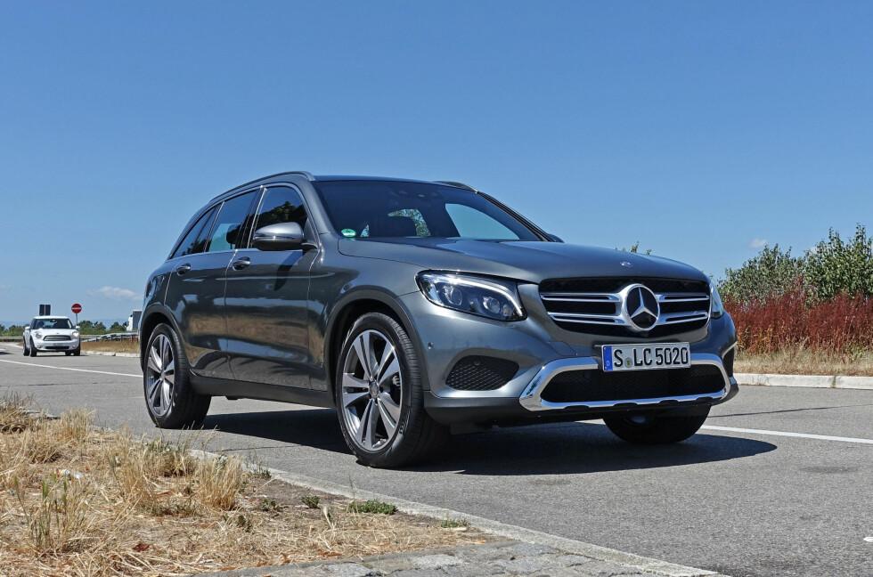 LADBAR OG BILLIG: Mercedes-Benz GLC 350 e (320 hestekrefter, 560 newtonmeter og 0-100 på under 6 sekunder), kommer snart på markedet og det til særdeles hyggelige priser, faktisk har vi fra flere sikre kilder at den vil starte på godt under 600.000 kroner... Foto: KNUT MOBERG