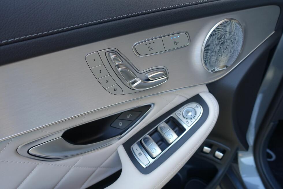 DETALJER SOM TELLER: Det er rett og slett godt håndverk som møter en i en velutstyrt Mercedes GLC. Foto: KNUT MOBERG