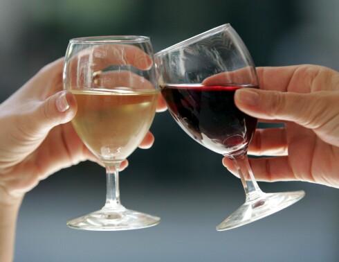 <b>ISKALD?</b> Anbefalt temperatur på vin avhenger av type vin. Foto: COLOURBOX