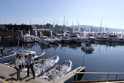 BÅTLIV: Havnepolitiet påpeker at opplyste havner med vakthold minsker risikoen for tyveri. Foto: NTB scanpix