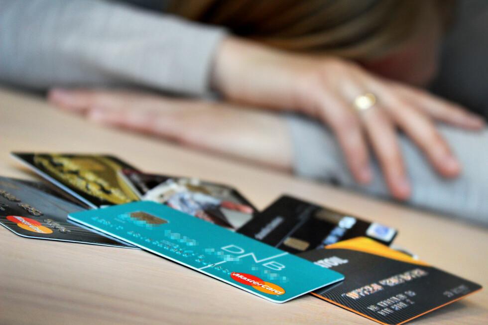 BETALINGSPROBLEMER? Flere ringer til NAV-tjenesten 800 Gjeld for å få råd om betaling av kredittkortgjeld. Foto: OLE PETTER BAUGERØD STOKKE