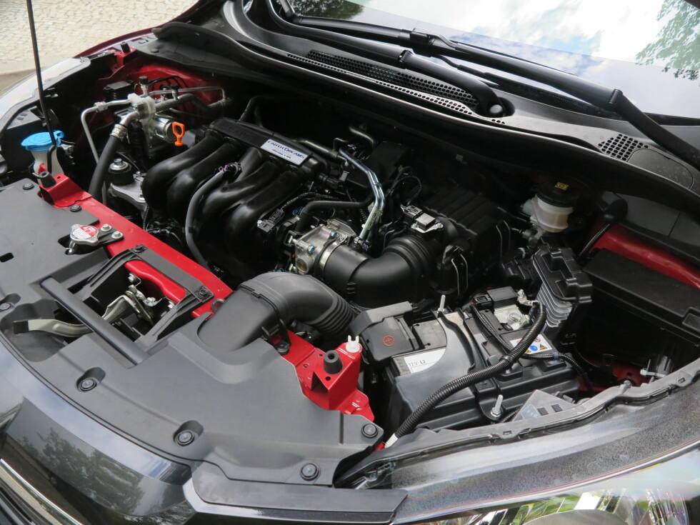 BENSIN ELLER DIESEL: 1,5 liters bensin, eller 1,6 liters diesel. Det er valget.   Foto: Fred Magne Skillebæk