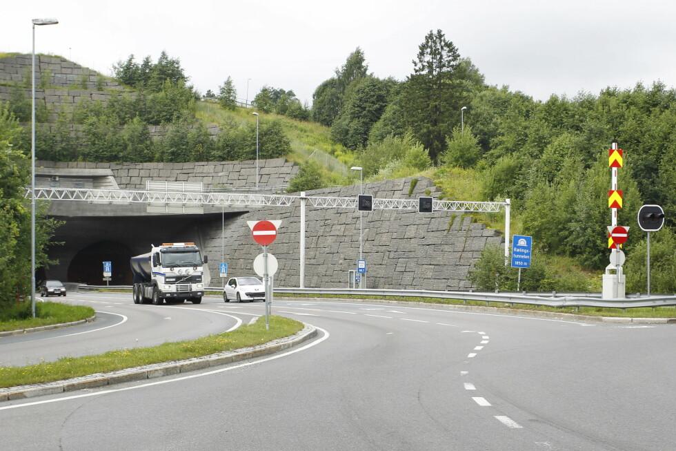STOR RISIKO: I Rælingstunnelen har det blitt tatt flest fartssyndere i år. Foto: TOR ERIK SCHRØDER / NTB scanpix