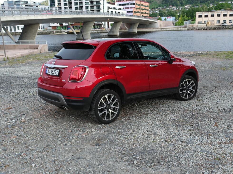 300 I ÅRET: Fiat satser på å selge 300 biler av 500X i Norge i år.  Foto: KNUT ARNE MARCUSSEN