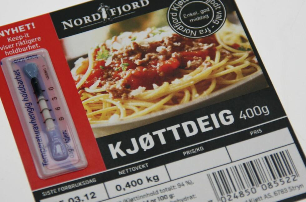GLEM DATOEN: Ved å måle temperaturen viser Keep-It hvor lang den faktiske holdbarheten på et produkt er, ikke den beregnede. For dette vant Keep-it innovasjonsprisen ved Campus Ås i 2012, og forrige uke ble produktet tildelt Local EAT Award på EAT-konferansen i Stockholm. Her fra lanseringen. Foto: Berit B. Njarga