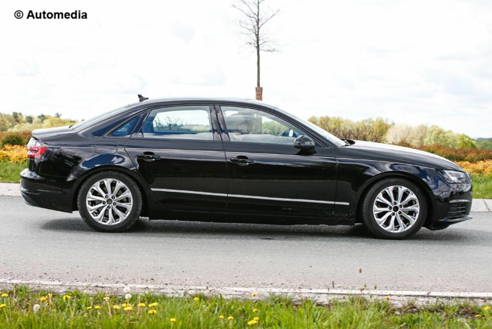 VELKJENT SILHUETT: A4 som sedan vil ikke revolusjonere Audi-formspråket. Det vil heller ikke stasjonsvognen gjøre når den kommer på markedet kort tid etter. Foto: AUTOMEDIA