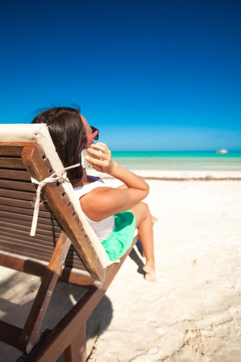 FERIE? Vi har alle behov for ferie og avkobling, men kanskje trenge rman ikke å svi av alle pengene på rekreasjon. Foto: COLOURBOX.COM