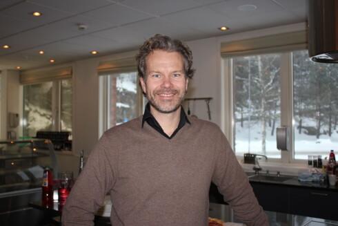 BEKLAGER: Kommunikasjonssjef Bjørn Brennskag i Orkla Foods Norge lover å endre pakka. Foto: KRISTIN SØRDAL