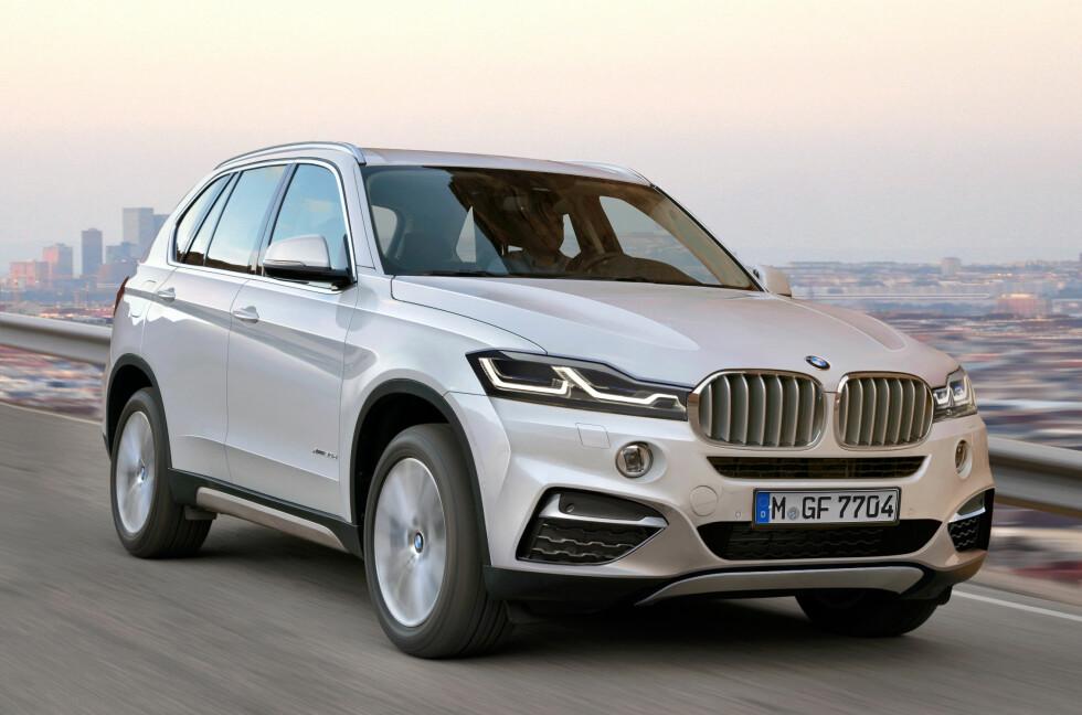 SER DU DEN STORE ENDRINGEN?: Slik tror tyske Automedia at den nye BMW X3 vil se ut. Går de virkelig bort fra doble runde lykter...? Foto: AUTOMEDIA