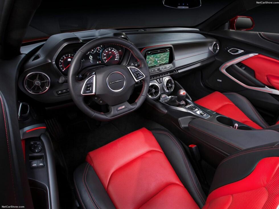 VALGMULIGHETER: Med ti forskjellige eksteriørfarger og fem ulike interiørkombinasjoner kan kundene sette sitt eget preg på bilen. Foto: CHEVROLET