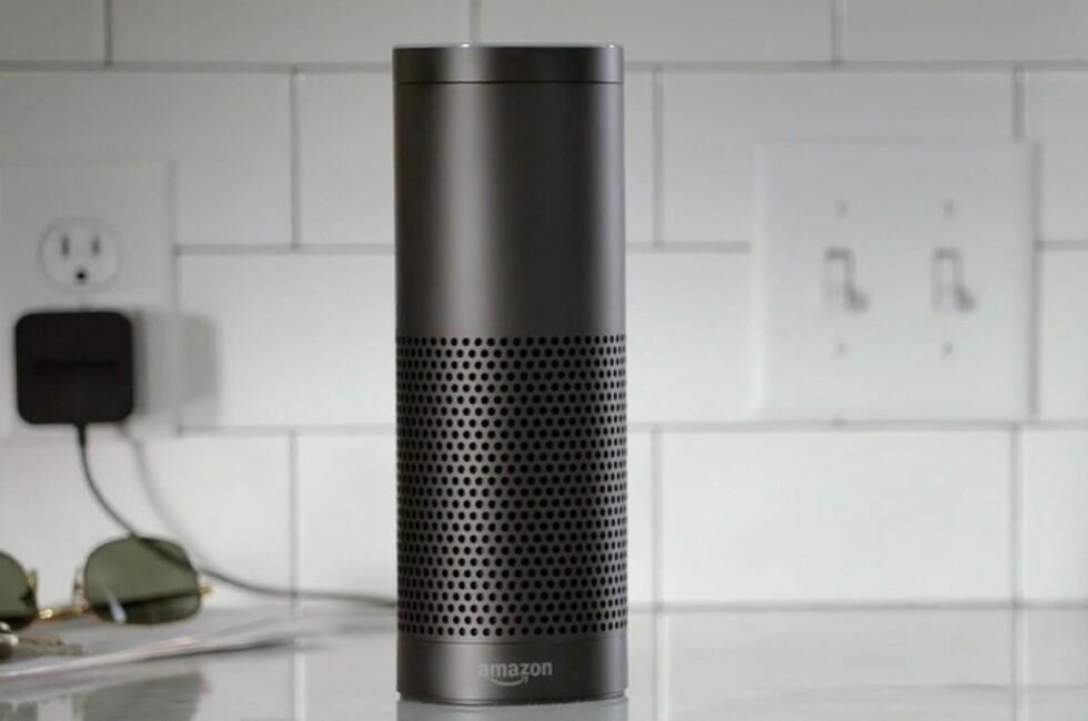 STEMMESHOPPING: Amazons stemmestyrte assistent kan nå handle det du ber den om på - ja, du gjettet riktig - Amazon. Foto: AMAZON