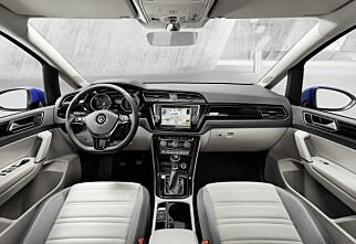 Volkswagen Touran priset