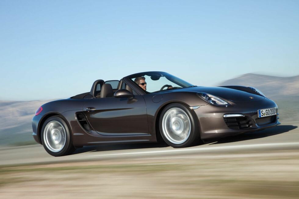 <strong><b>BEST PÅ VEIEN:</strong> </b>Ikke akkurat overraskende at Porsche vinner på både kjøreglede og ytelser. Foto: PORSCHE