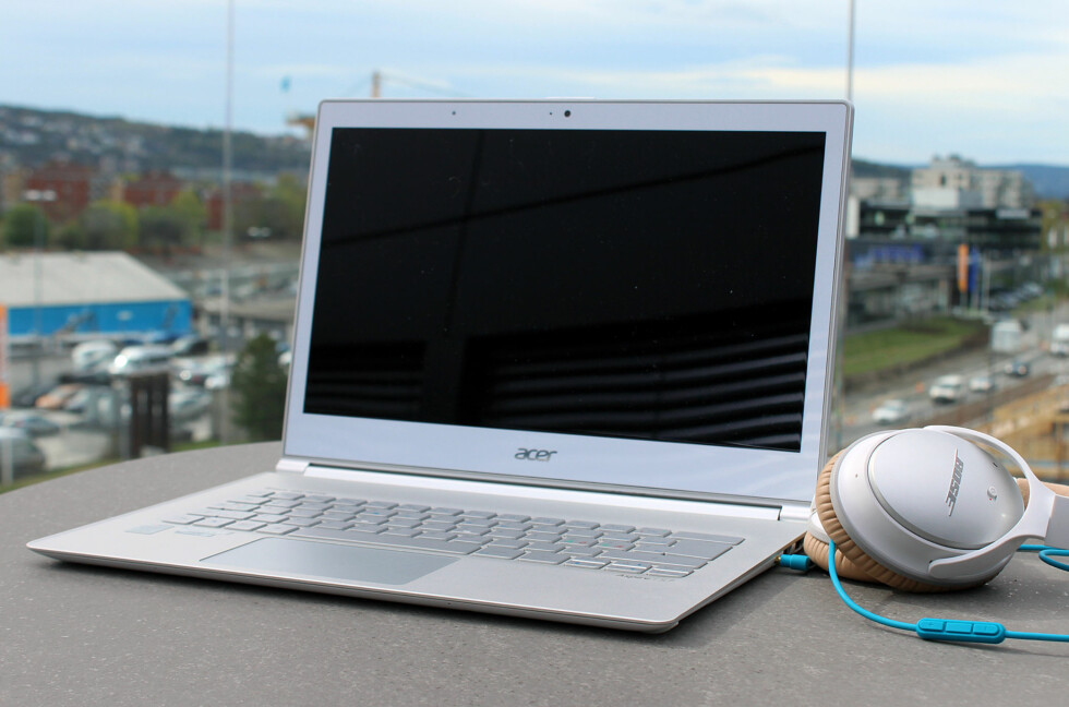 LEKKER LAPTOP: Acer Aspire S7 er etter vår mening en av de peneste ultrabookene på markedet.  Foto: KIRSTI ØSTVANG