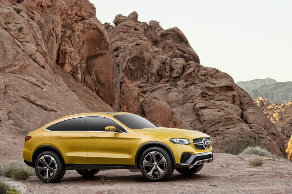 X4-KONKURRENT: Mercedes-Benz Concept GLC Coupé vises her med 21-tommers felger og i lakkfargen Solarbeam. Vi tipper utseendet vil bli omdiskutert, men hvem Mercedes har i siktet med denne bilen er rimelig åpenbart. Foto: DAIMLER